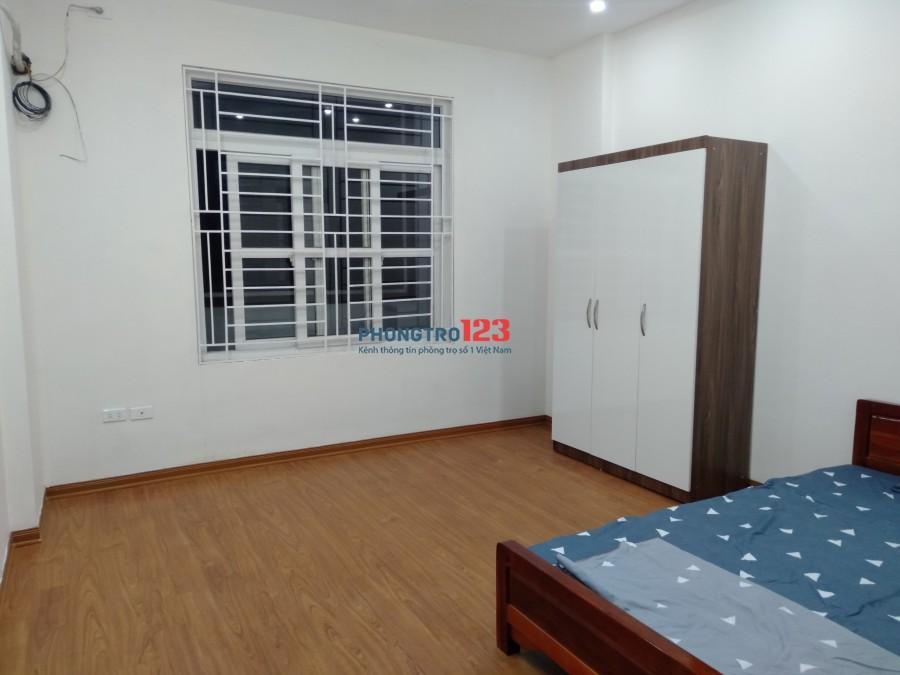 Cho thuê căn hộ mini 20m2 - 25m2 đường Trần Thái Tông - Cầu Giấy, giá chỉ 2,8tr/th