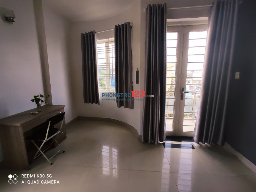 CHDV mới xây giá rẻ Phú Nhuận cửa sổ lớn full nội thất