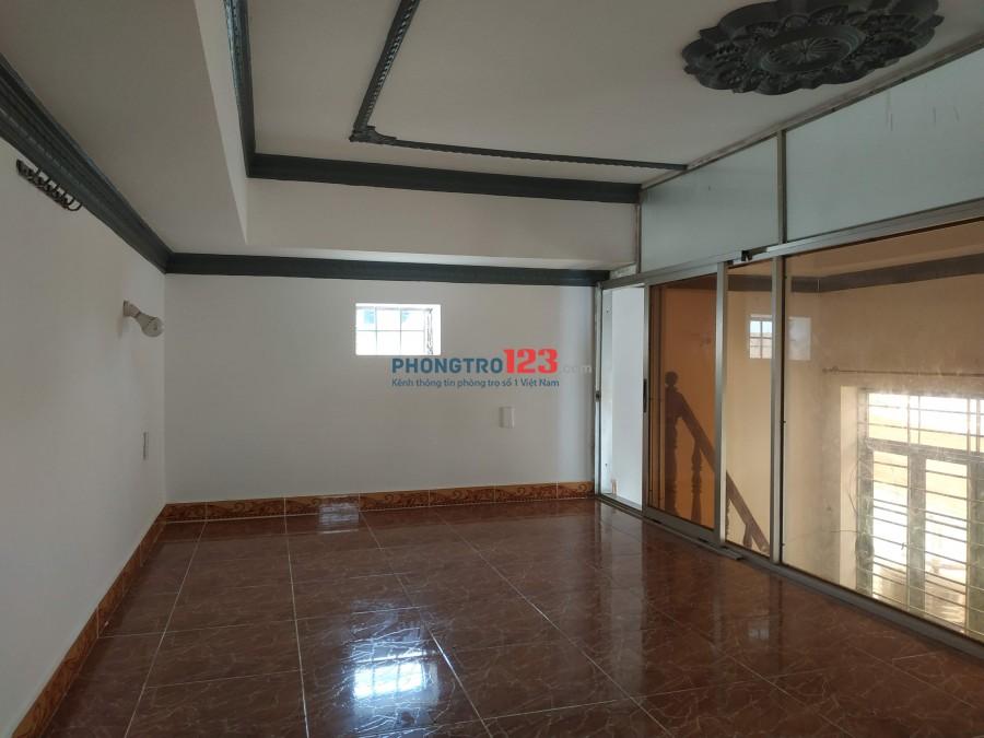 Nhà nguyên căn, DTSD 75m2, 4.7 tr, Phú Xuân Nhà Bè