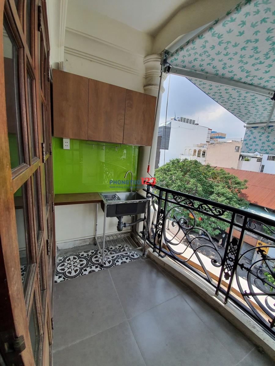 Cho thuê Căn hộ dịch vụ Full nội thất mặt tiền đường Đinh Tiên Hoàng – gần cv Lê Văn Tám quận 1