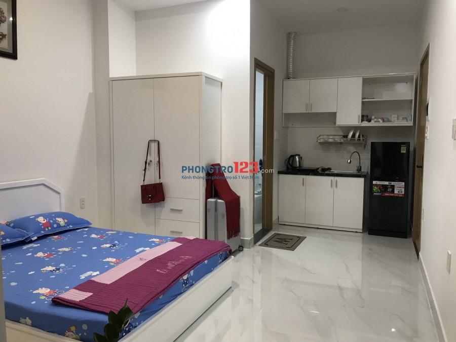 Phòng studio 30m2 mới xây ngay Cao Thắng nối dài - FULL nội thật + cửa vân tay ( Đối diện Coffee House)