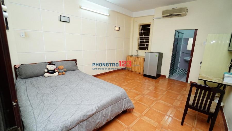 Phòng đẹp full nội thất Trương Định ngay trung tâm Q3,ngã ba giao với Võ Văn Tần
