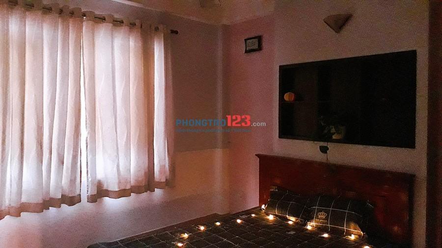Phú Nhuận cho thuê căn hộ dịch vụ 50m2, 1PN 1PK, full nội thất 6,5tr