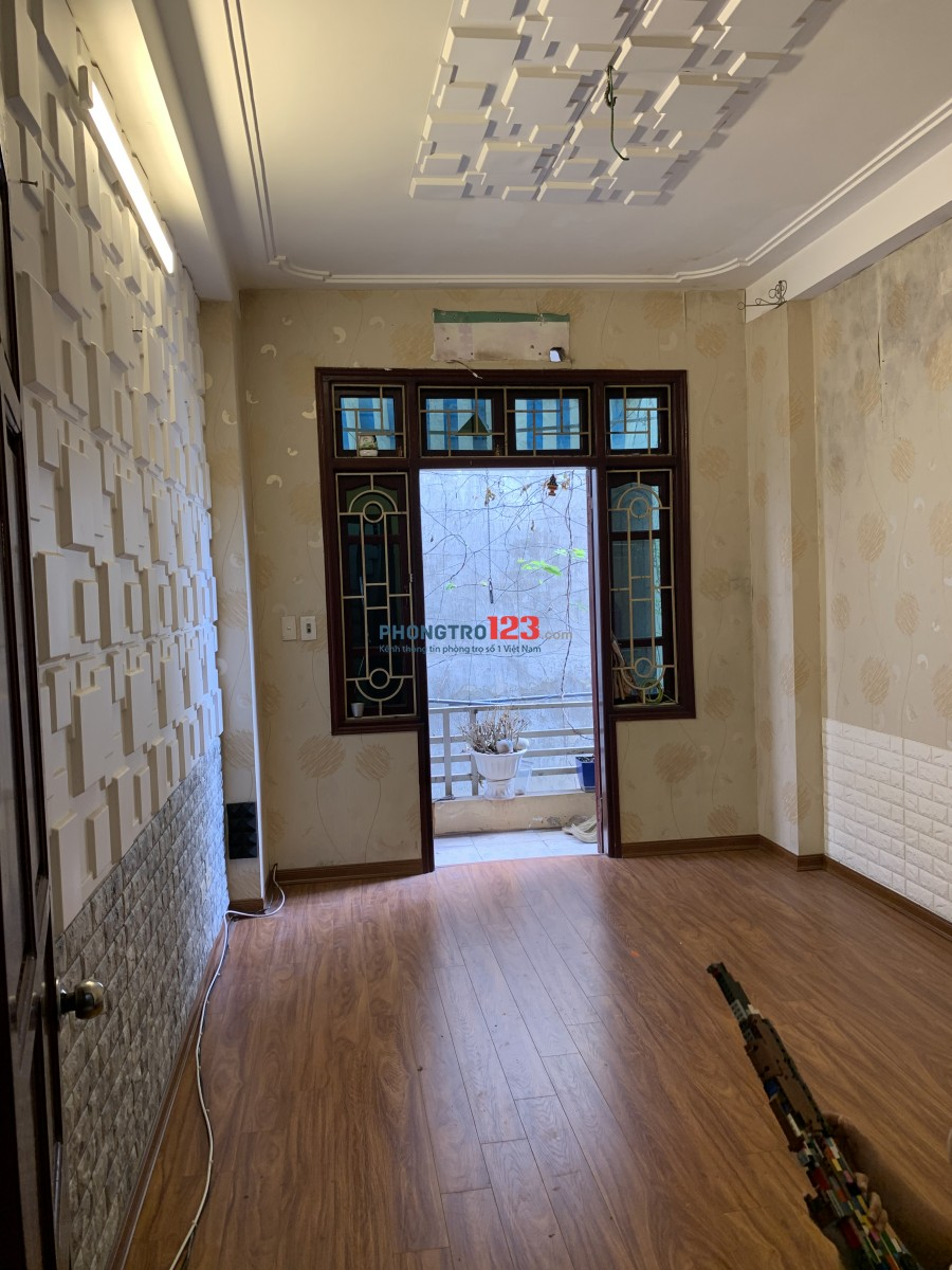 Cần cho thuê cả nhà 4 tầng (có thể ở ghép các Gđ)