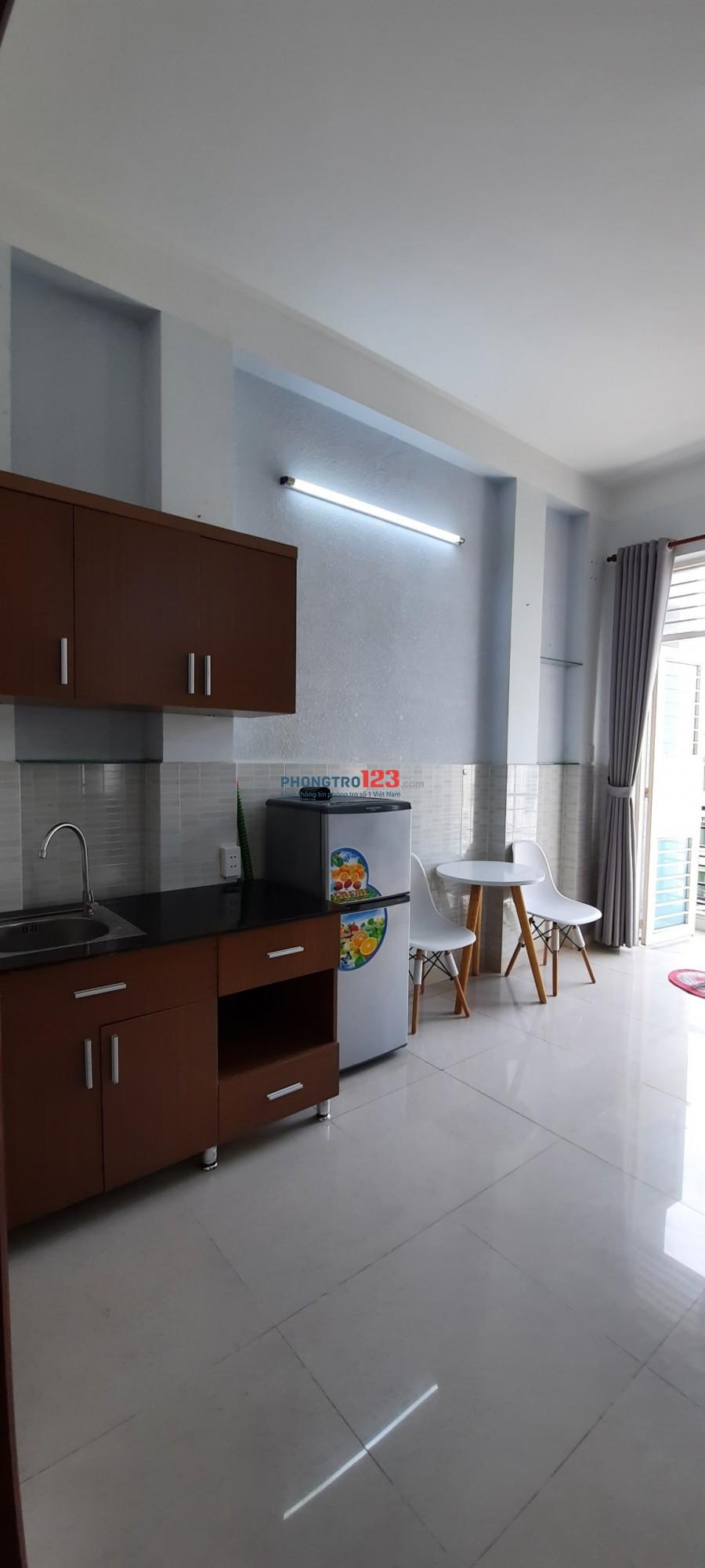 Cho thuê căn hộ cao cấp full nội thất TT Phú Nhuận