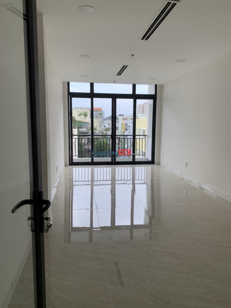 Cho thuê nhà mới xây 1 trệt 5 lầu 1 sân thượng mặt tiền 38 Trần Đình Xu Cô Giang Q1