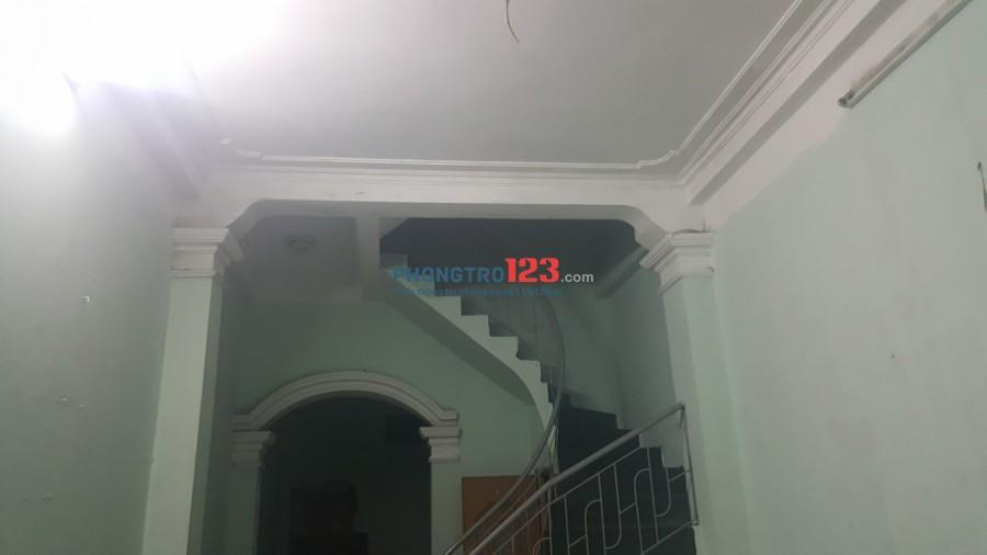 Cho thuê cả căn nhà 2 tầng, diện tích 100m2
