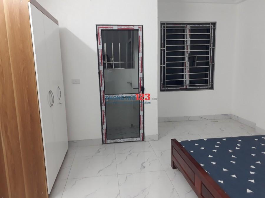 Cho thuê căn hộ mini mới xây 100%, dt 25m2 khép kín, có thang máy