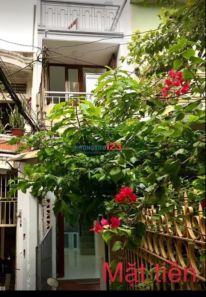 Cho thuê nhà gần mặt tiền tiện kinh doanh online hay Vp giao dịch nhỏ Hẻm 2.5m Hưng Phú F9 Q8 Nhà nhỏ xinh