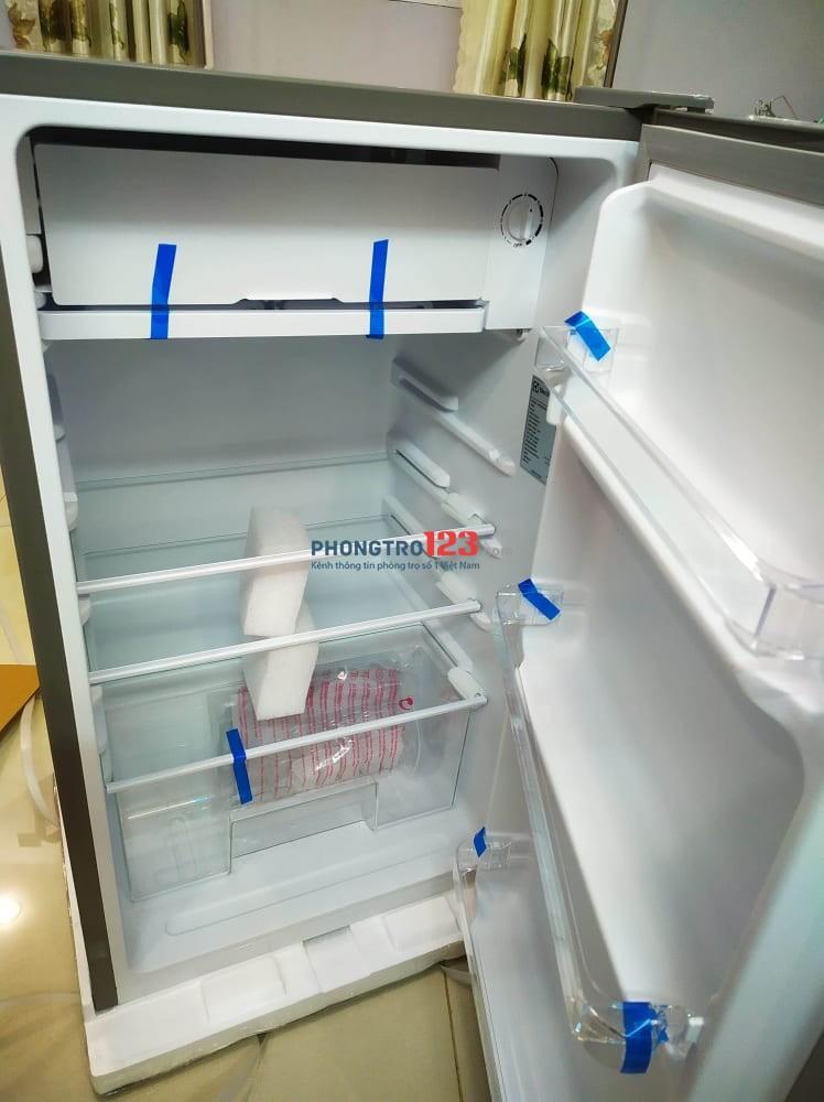 Phòng máy lạnh, ban công, tủ lạnh mini cho Nữ thuê
