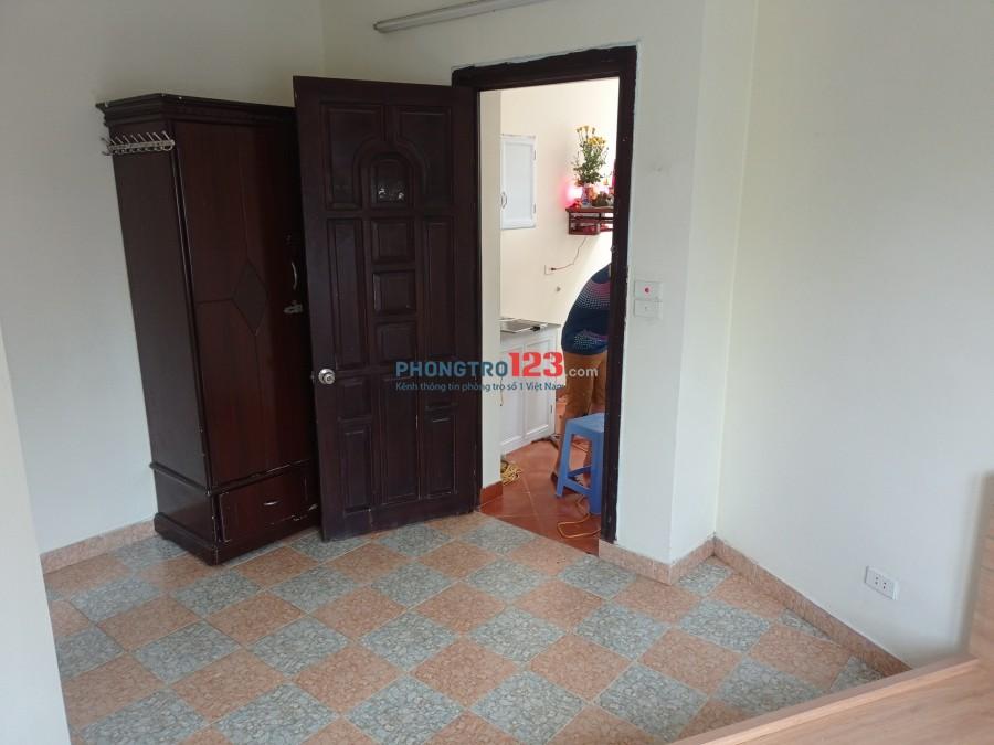 Chính chủ cho thuê phòng tại ngõ 180 Hoàng Quốc Việt