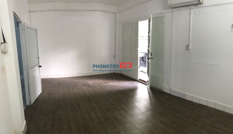 Cho thuê phòng hoặc tầng 1 và 2 nhà mặt tiền 177 Tôn Thất Hiệp P12 Q11 giá từ 2,5tr/th