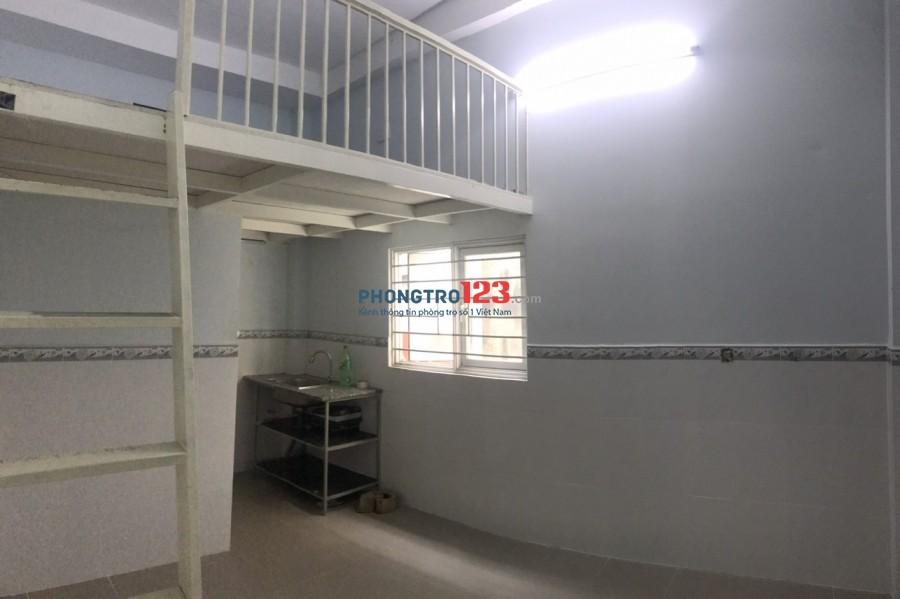 Chính chủ cho thuê 1 phòng 20m2 có gác tại 64/8E3 Hòa Bình P5 Q11 giá 3,2tr/th