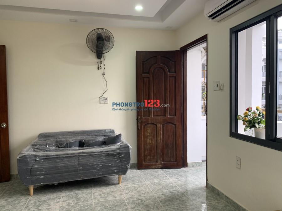 Cho thuê căn hộ dịch vụ Studio 25m2, full nội thất, ngay Etown Cộng Hòa