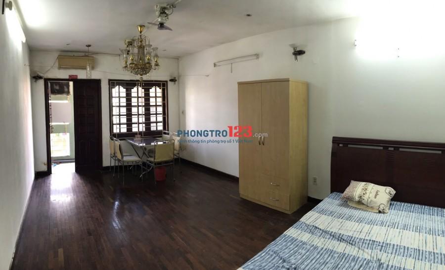 Cho Nữ thuê 1 phòng 35m2 Full nội thất Nhà mặt tiền 250 Phan Xích Long P2 Q Phú Nhuận