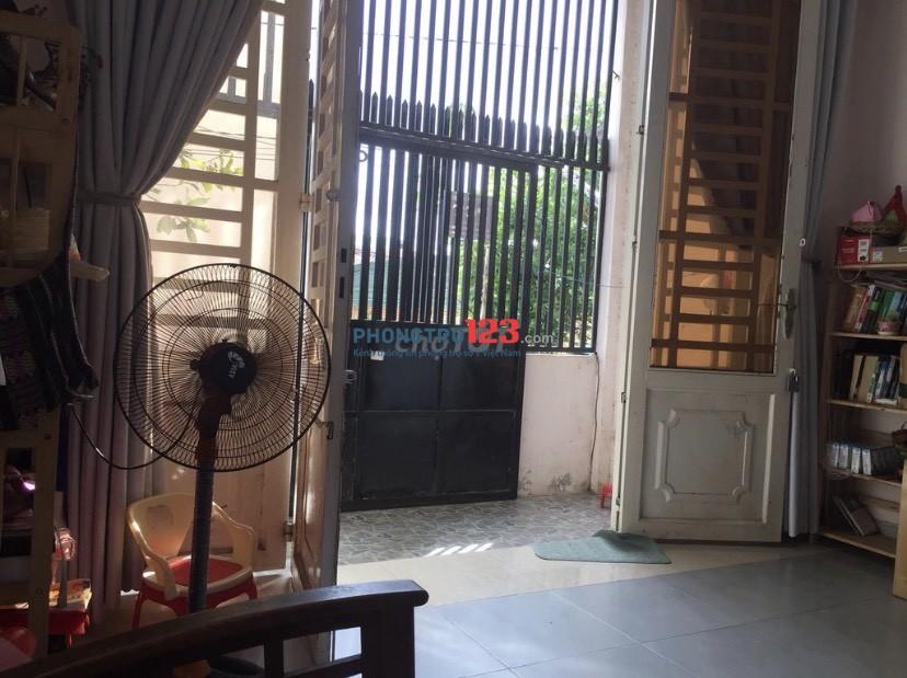 Cho thuê nhà nguyên căn full nội thất gần chợ Bến Đò