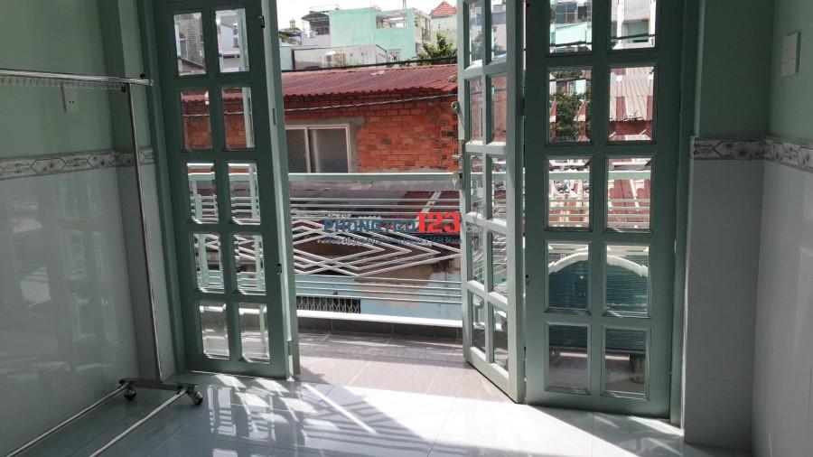 Cho thuê 30m2 nguyên lầu 1 nhà mới xây hẻm xe hơi trung tâm quận 3