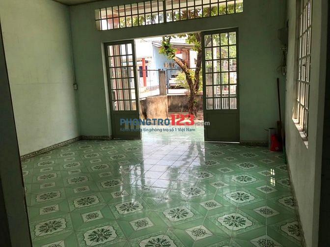 Cho thuê nhà ở nguyên căn gần chợ, trường học, UBND, Trạm y tế Xã Giang Điền