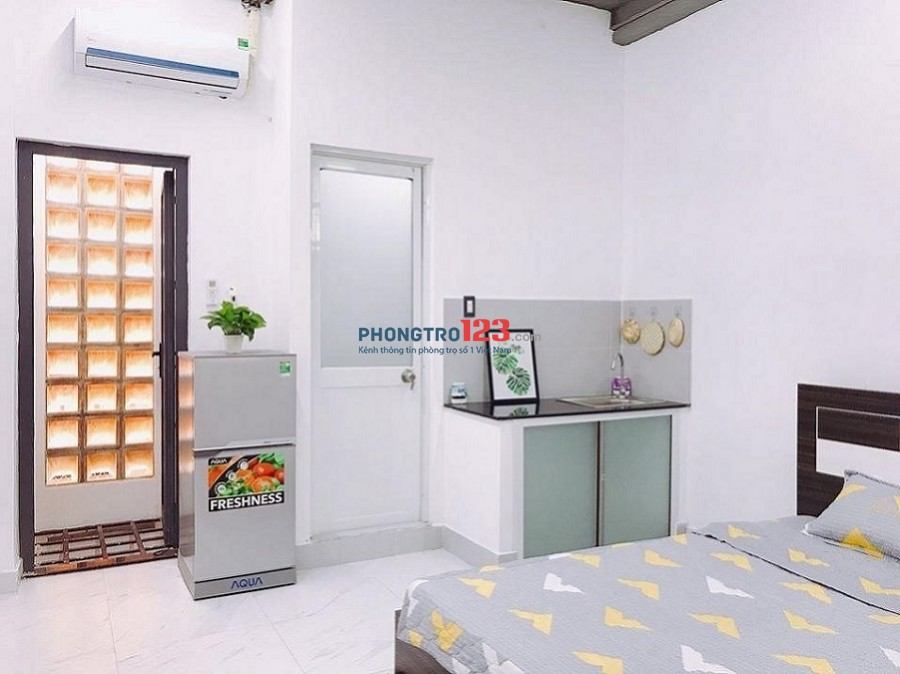 Căn hộ chính chủ cho thuê giá tốt ngay đường Phan Huy Ích, Gò Vấp, ở liền