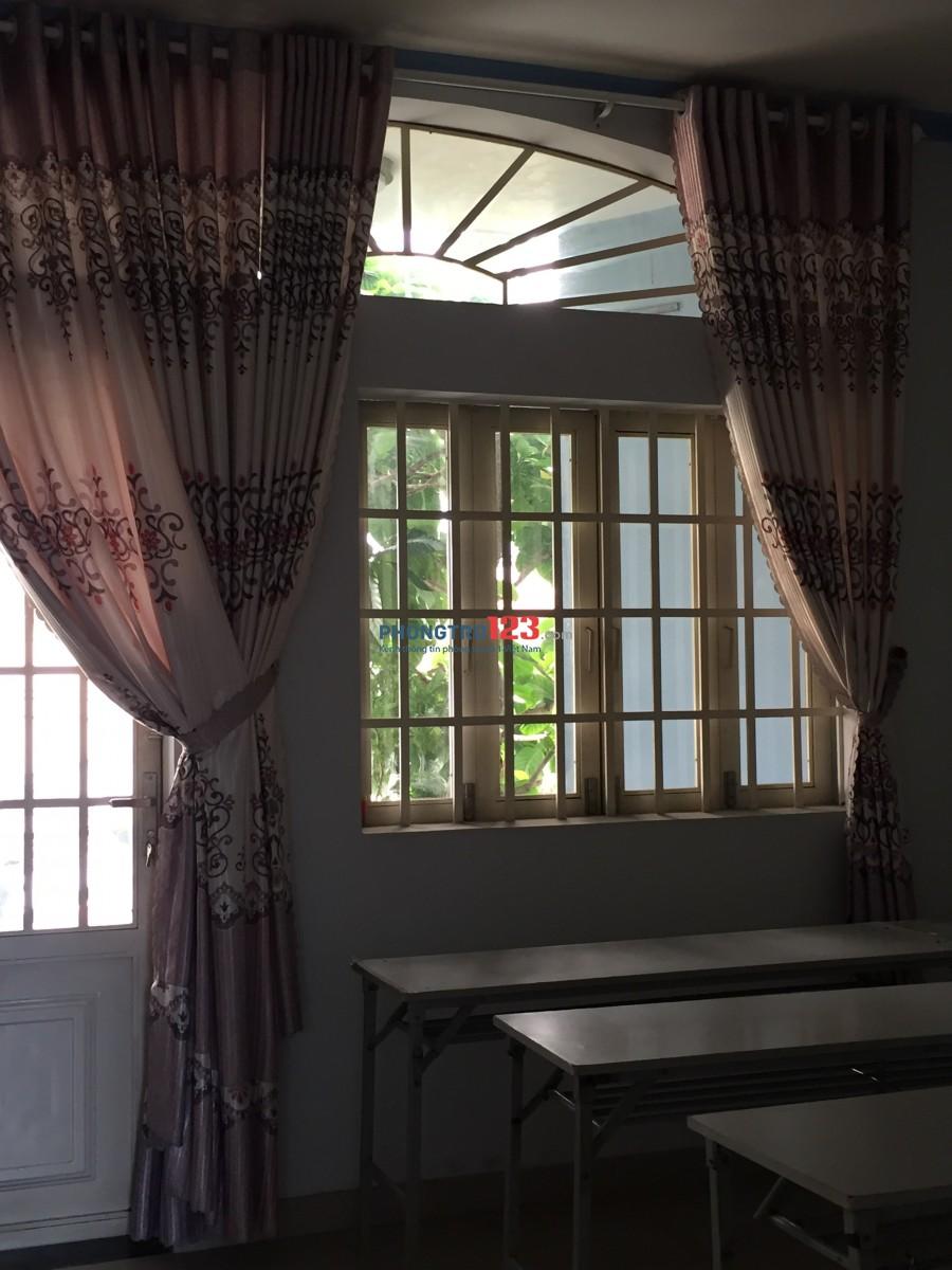 Cho thuê phòng trọ phú nhuận giá rẻ chủ nhà dễ tính