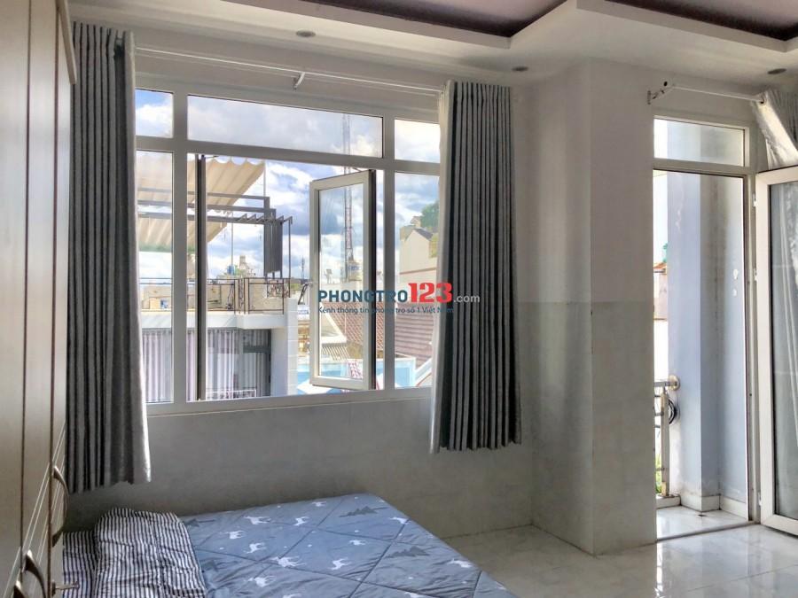Phòng trọ gia đình siêu rộng 40m2 có ban công, cửa sổ thoáng mát tự nhiên