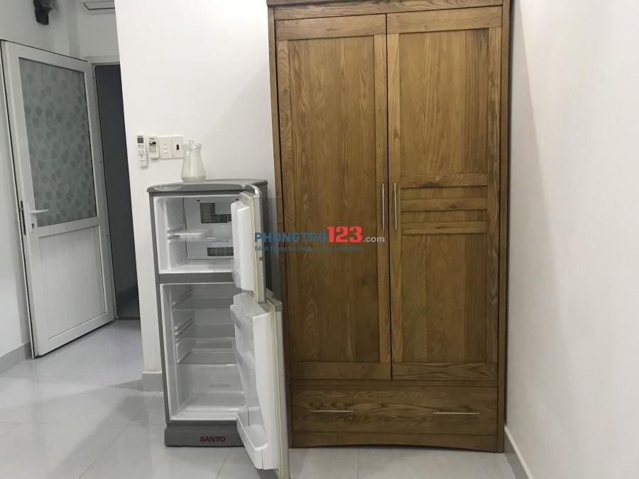 Cho thuê phòng 15m2 đầy đủ tiện nghi tại 109/5 Trần Quốc Toản P7 Q3 giá 3,5tr/th