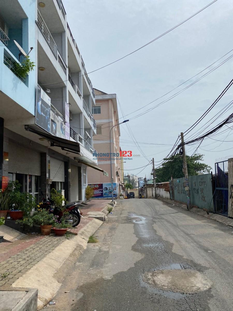 Cho thuê phòng 25m2 Cạnh Vincom-Emart Phan Văn Trị