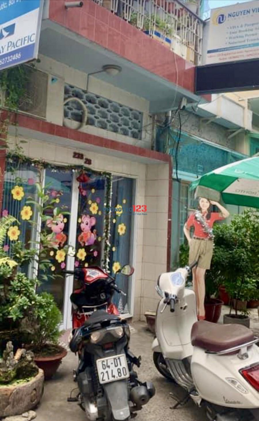 Nhà cho thuê nguyên căn HXH Trung tâm Nguyễn Trãi Q1 gần chợ Thái Bình