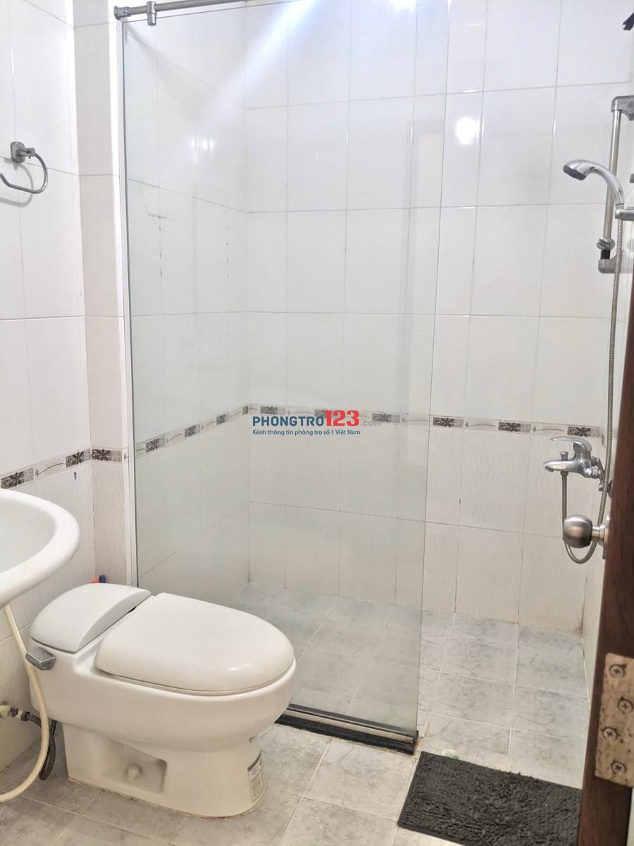 Cho thuê phòng 40m2 Full nội thất trong căn hộ Khánh Hội 3 Q4 giá 5,5tr/th