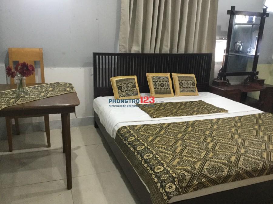 Cho thuê căn hộ giá rẻ full nội thất, đầy đủ bếp và các tiện ích.