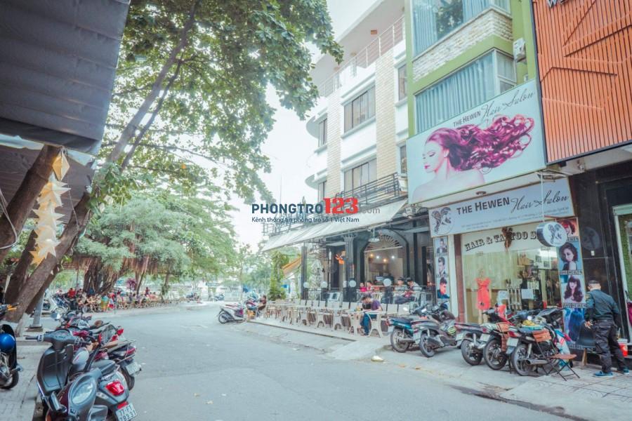 Phòng FULL nội thất, ngay khu Phan Xích Long, Phú Nhuận sát quận 01