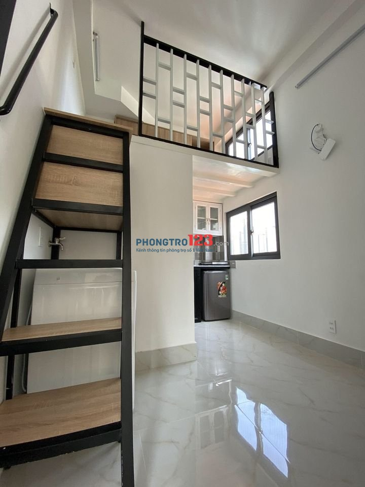 Phòng trọ cho thuê giá rẻ đầy đủ nội thất cơ bản sạch sẻ thoáng mát dọn vô ở ngay trung tâm q. tân bình