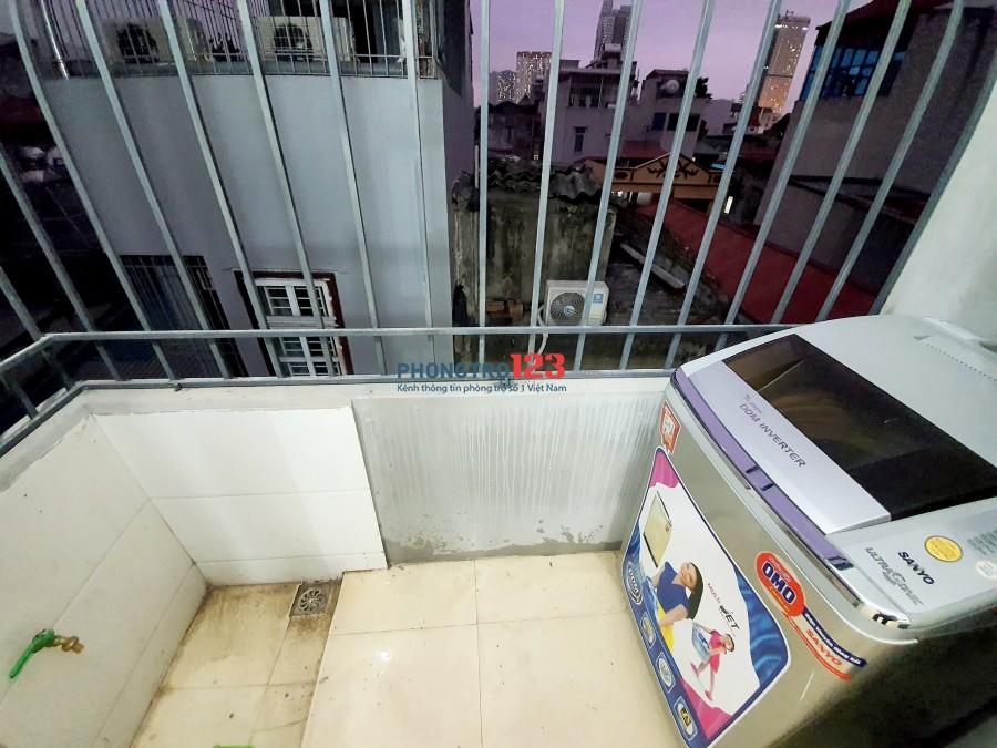 CCMN full đồ Bà Triệu, gần nhà thi đấu Hà Đông, có ban công, khu bếp riêng
