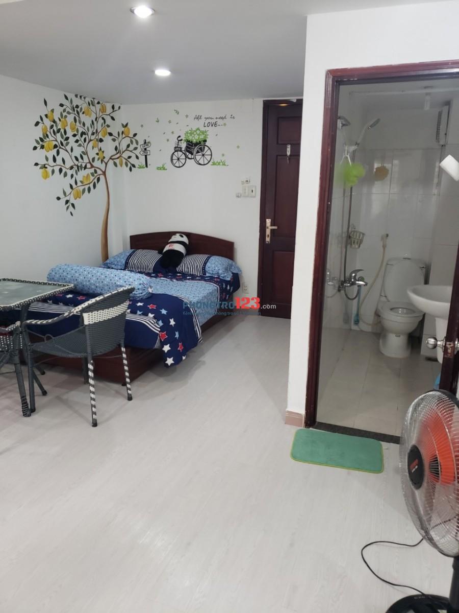 Phòng đầy đủ nội thất trung tâm quận 1, 6tr8