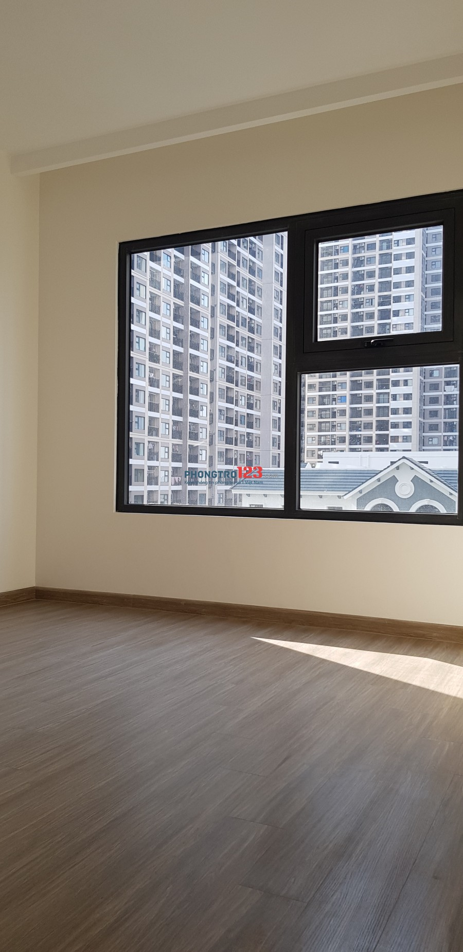 CC cho thuê căn chung cư Vinhome Smart City Tây Mỗ tầng 5 tòa S1 80m2 2 phòng ngủ
