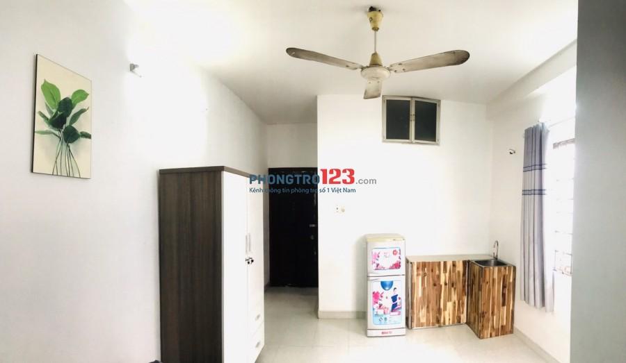 Phòng cho thuê 25m2, Full Nội Thất, giàn bếp, WC riêng, lì xì 500.000đ
