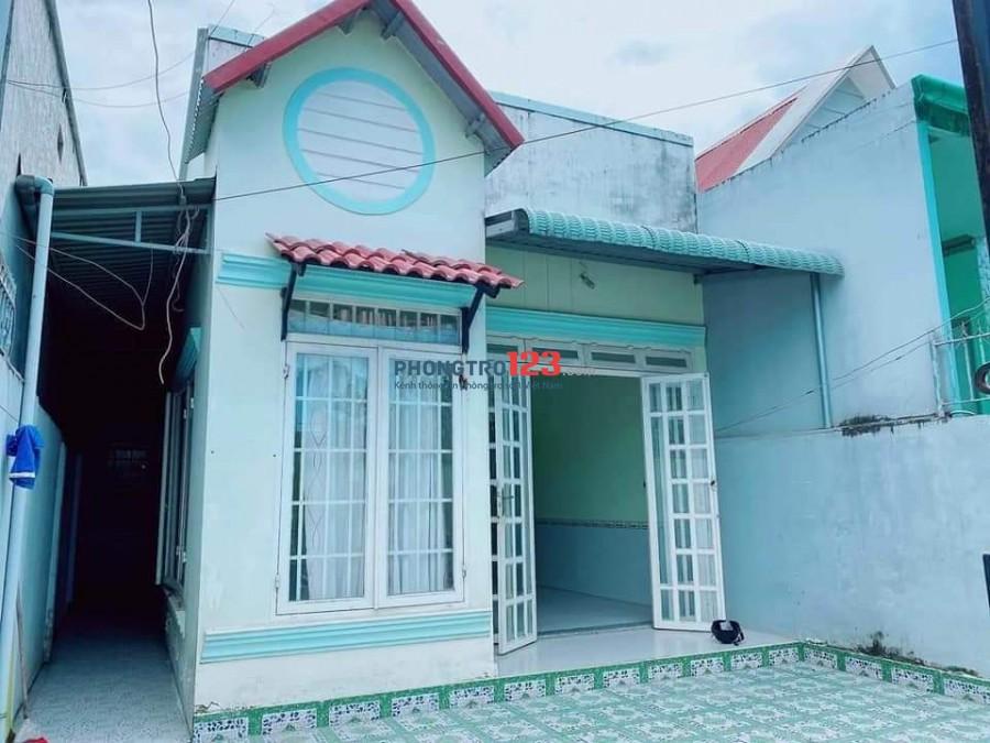 Cho thuê nhà nguyên căn 6x20, điện nước riêng
