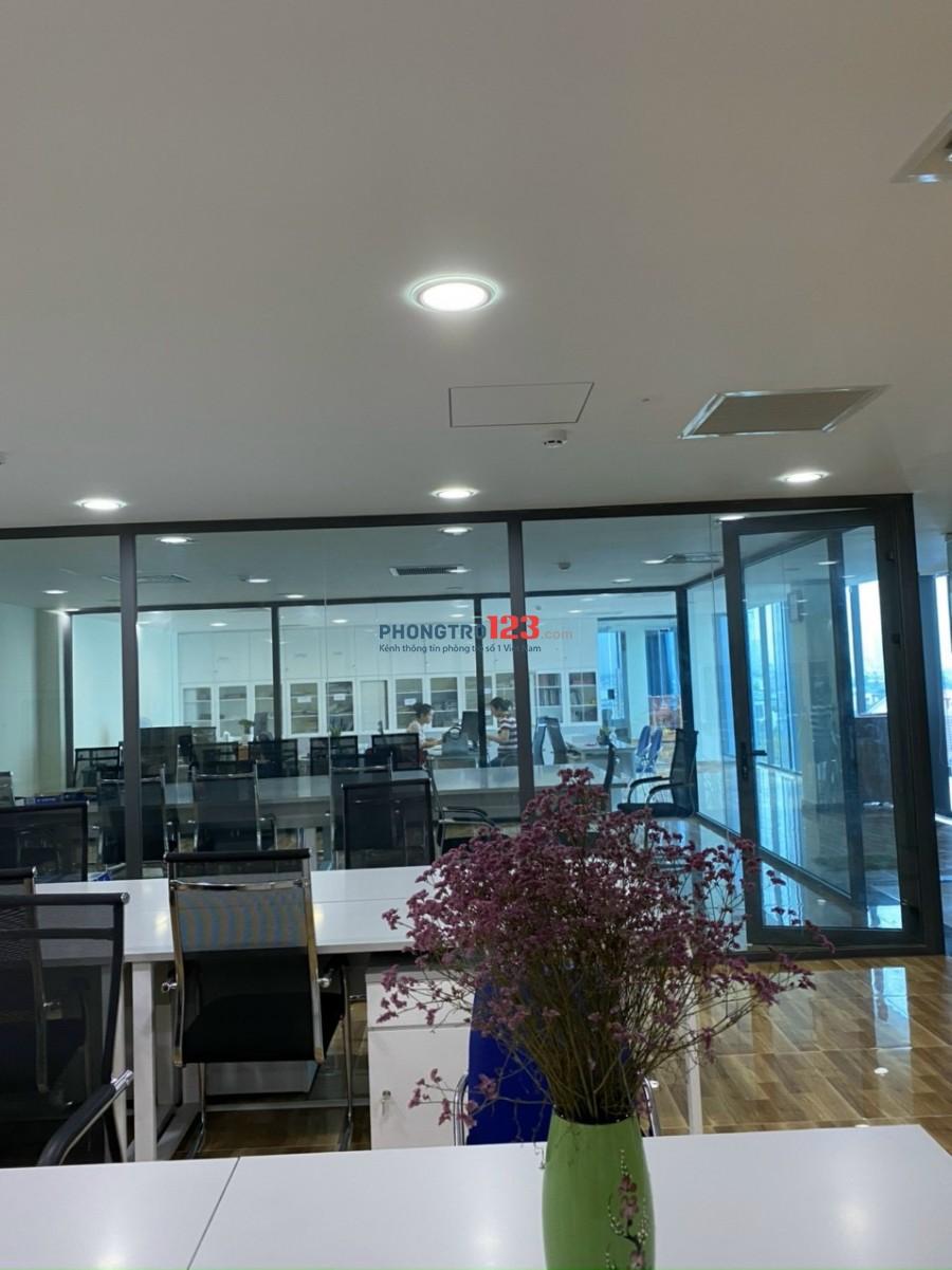 Cho thuê văn phòng giá rẻ mặt tiền Quận 9, HCM, 227 Đỗ Xuân Hợp.