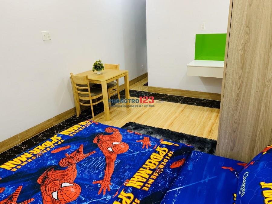 Phòng mới xây full nội thất, thang máy, hầm xe bảo vệ 24/7. Chỉ 4.2tr