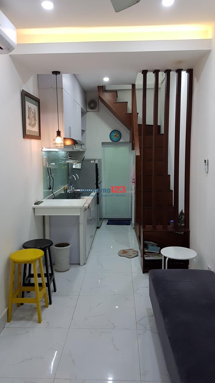 Cho thuê nhà nguyên căn hẻm 100 Nguyễn Đình Chiểu,Q1, DTSD 40m2, 1PN, 2WC