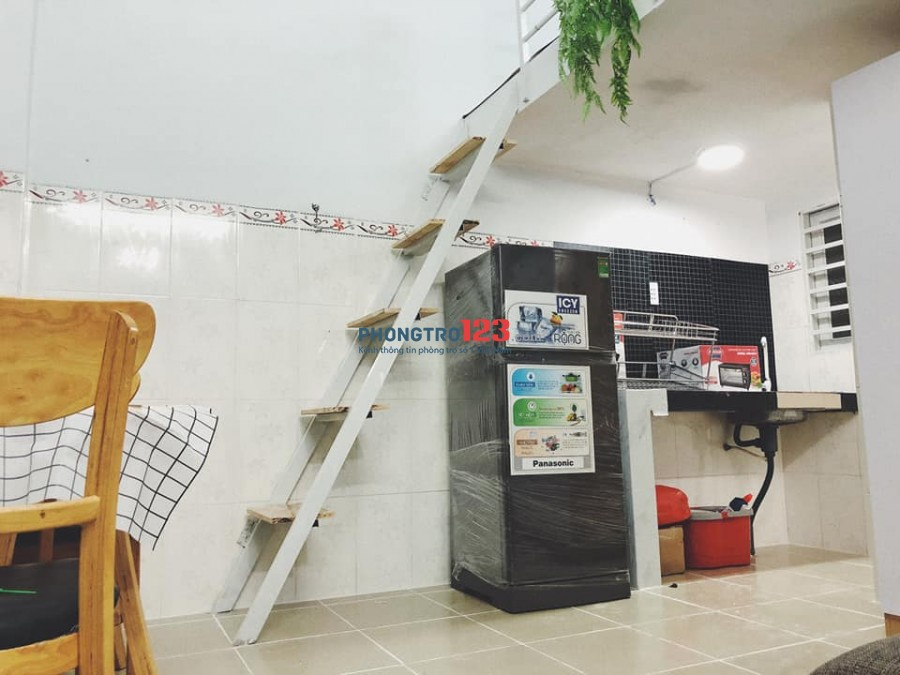 Cho thuê phòng trọ tại Bình Thạnh, full tiện nghi, chỉ việc vào ở gần nhiều trường đh, gần ngã tư Hàng Xanh