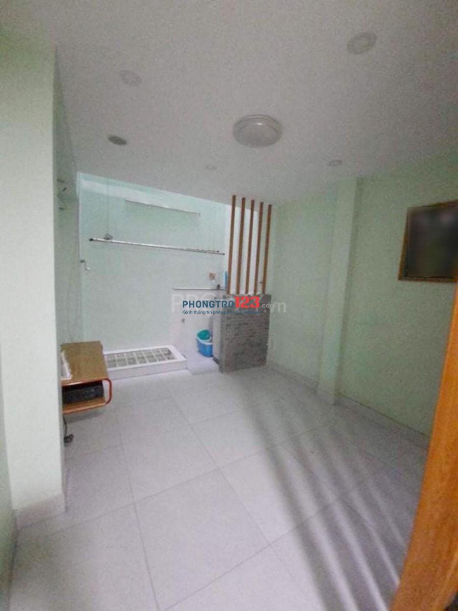 Nhà 3 tầng Phan Văn Trị Q5 full n. thất 3PN 16 triệu
