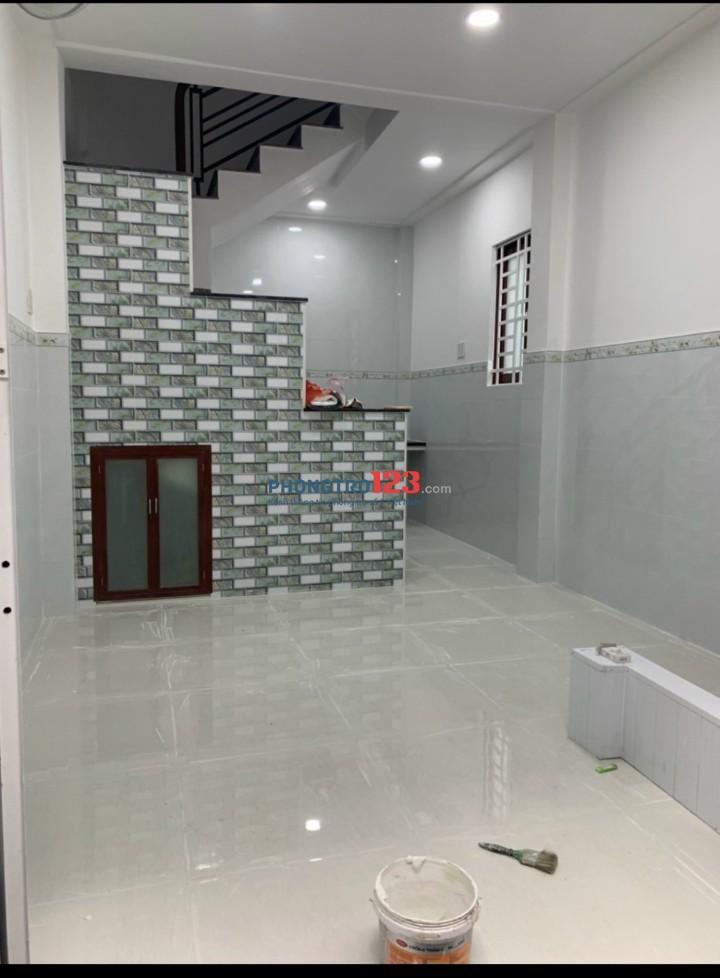 Cho thuê nhà NC 3x6 1 trệt 2 lầu sân thượng tại 48/23A Nguyễn Biểu P1 Q5 giá 9tr/th
