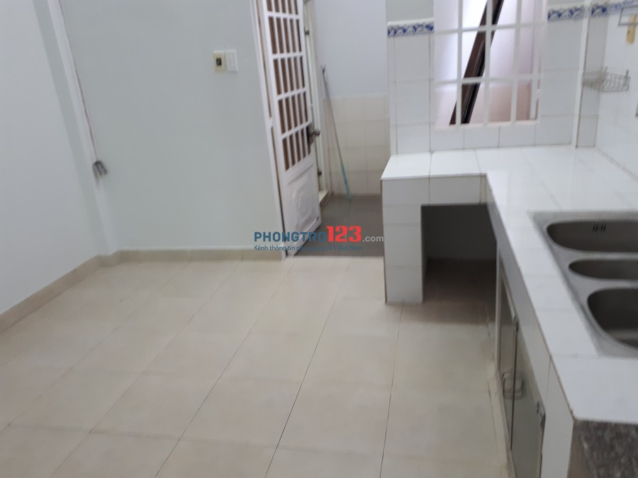 Cho thuê nguyên căn, 3 phòng ngủ, hẻm ô tô, 6.5tr/tháng, Đường số 6