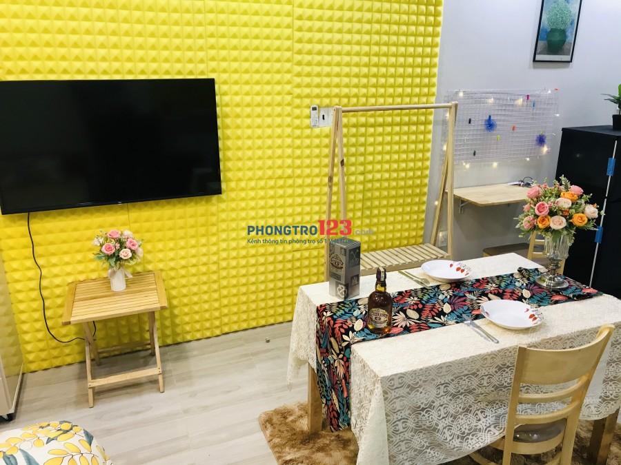 Phòng cao cấp nội thất cực xịn, sang trọng giá cực rẻ ngay Phan Xich Long
