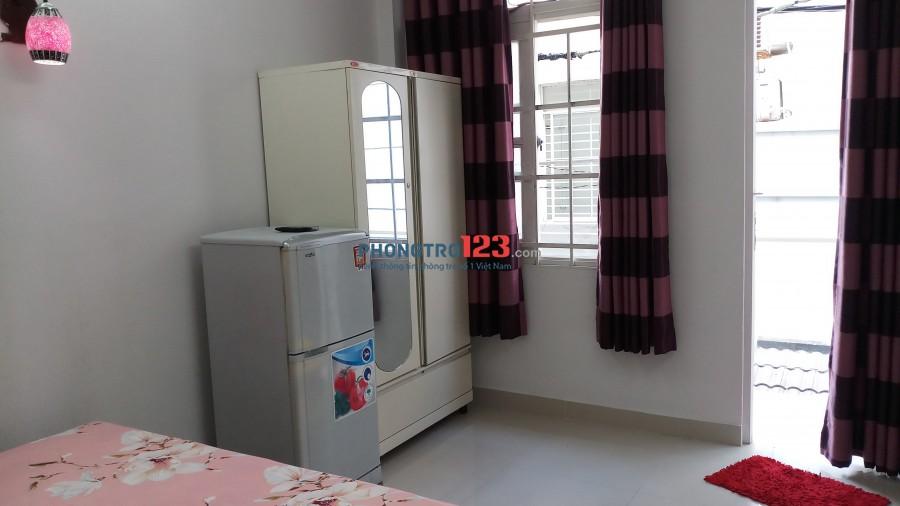 Cho thuê phòng trọ đầy đủ tiện nghi quận 1 tphcm giá 3tr đến 4tr / tháng
