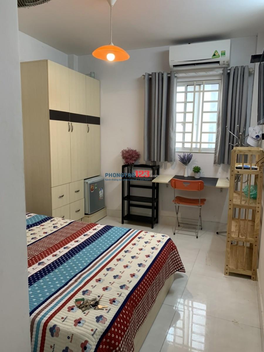 Căn hộ mini Q1 30m2 gần Bùi Viện đầy đủ nội thất
