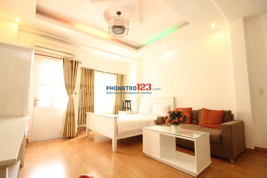 Căn hộ dịch vụ studio có bếp, ban công tại Smiley Apartment 3 (385/16 Nguyễn Trãi, phường Nguyễn Cư Trinh, quận 1, TP.HC
