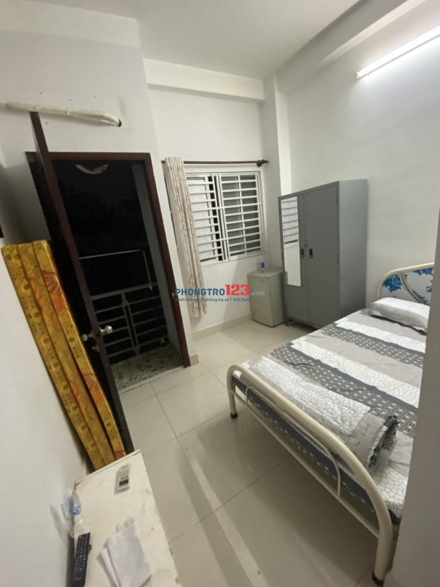 Phòng trọ thoáng mát, sạch sẽ với nhiều tiện ích hàng đầu khu vực. Phường Nguyễn Cư Trinh - Quận 1 - TP Hồ Chí Minh