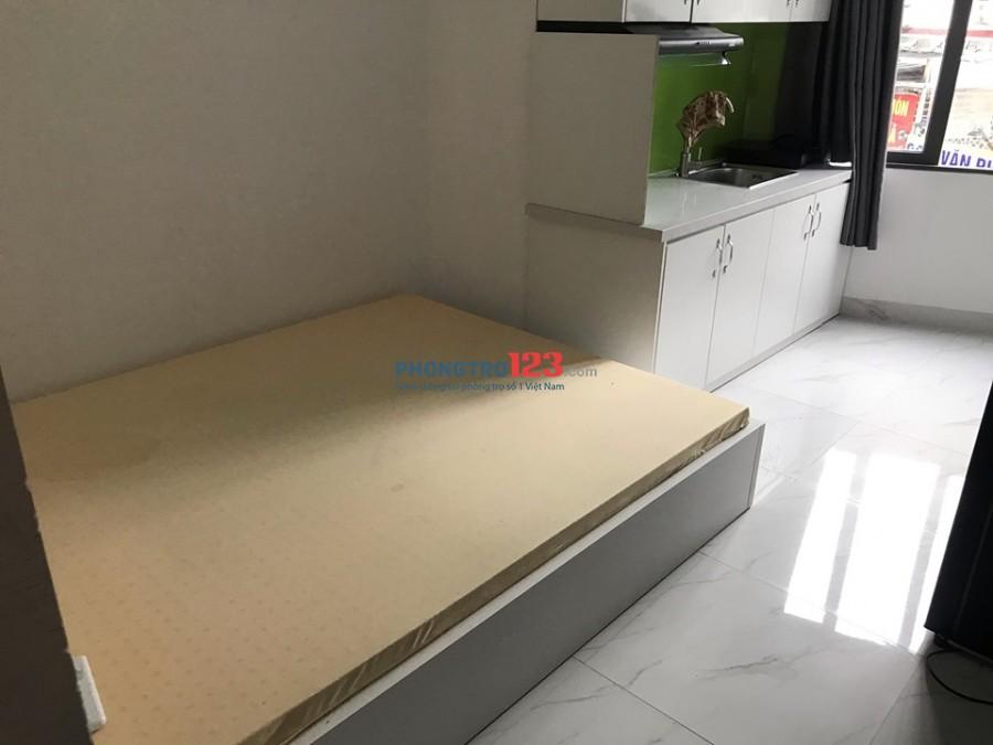 Phòng mới xây, full nội thất mới 100%, bên hông chợ Phạm Văn Hai